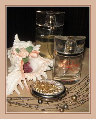Валери Элит флакончики на столике леди