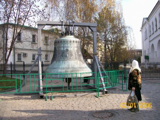 Да,и возвращеные колокола не спасут....Даниловский монастырь в Москве...